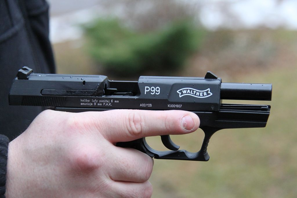 pistolet alarmowy walther p99